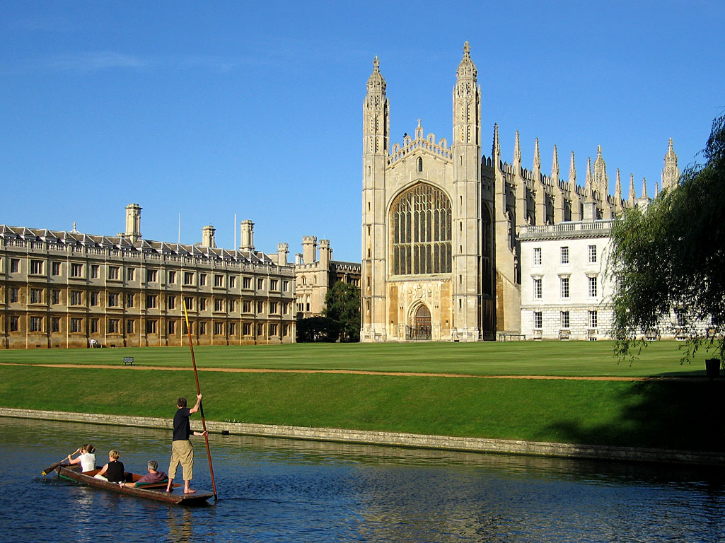 Man punts on River Cam in front of King's College